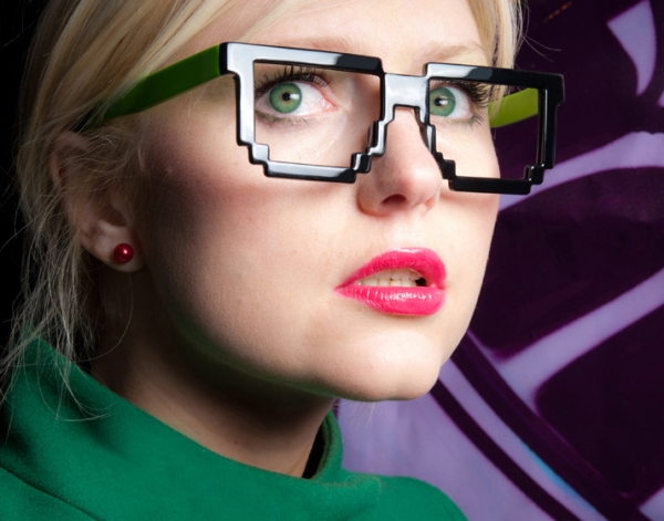 5dpi Futuristic Glasses