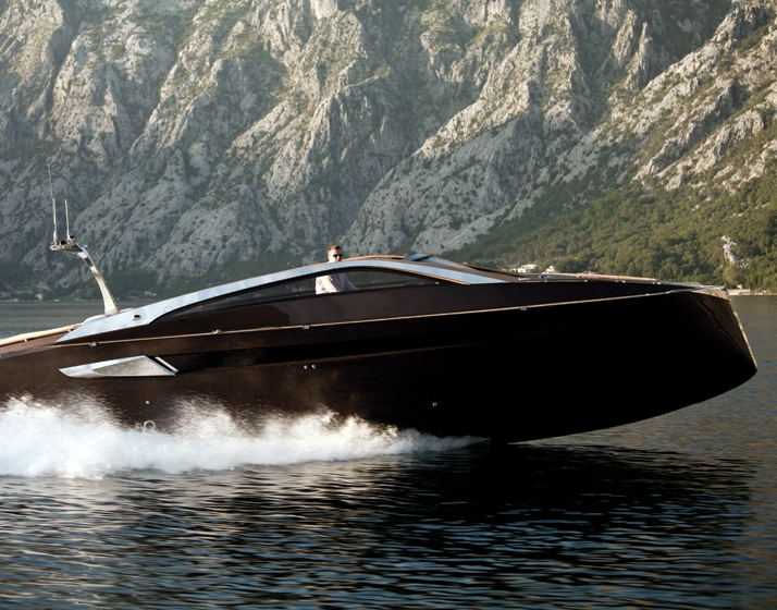 Antagonist Yacht by Art of Kinetik